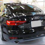 ガラスコーティング施工、Audi A5が入庫しておりました。
