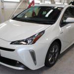 ガラスコーティング 名古屋市中川区より トヨタ プリウス 新車 入庫です。