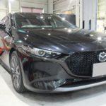 ガラスコーティング 愛知県東海市より MAZDA3 新車 入庫です。