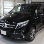 ガラスコーティング 愛知県豊田市より ベンツ V220d 新車 入庫です。