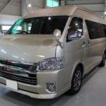 ガラスコーティング 名古屋市天白区より ハイエースワイド 新車 入庫です。