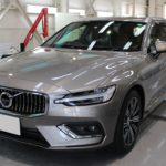 ガラスコーティング 名古屋市南区より ボルボ V60 新車 入庫です。