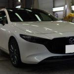ガラスコーティング 愛知県江南市より MAZDA3 新車 入庫です。