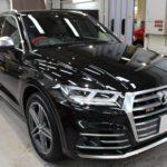 ガラスコーティング 名古屋市守山区より Audi SQ5 新車入庫です。
