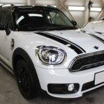 ガラスコーティング 愛知県刈谷市より MINI クロスオーバーS 新車入庫です。