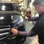 新車のヘッドライトを保護する プロテクションフィルム施工